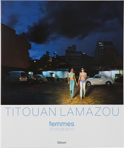 Femmes, Photography